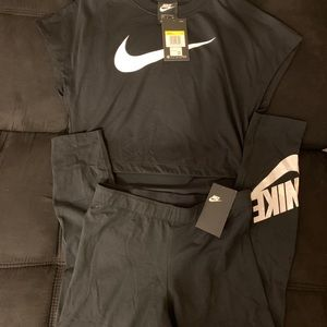 DOPE NIKE LEGGINGS OUTFIT SIZE S